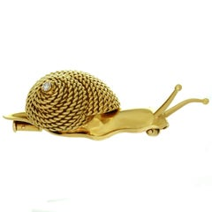 Hermes Solitaire Diamond Yellow Gold Snail Brooch