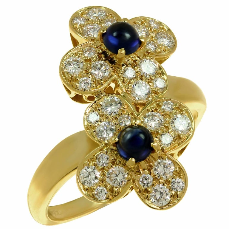 Van Cleef & Arpels Trefle Diamond Sapphire Yellow Gold Double Flower Ring For Sale