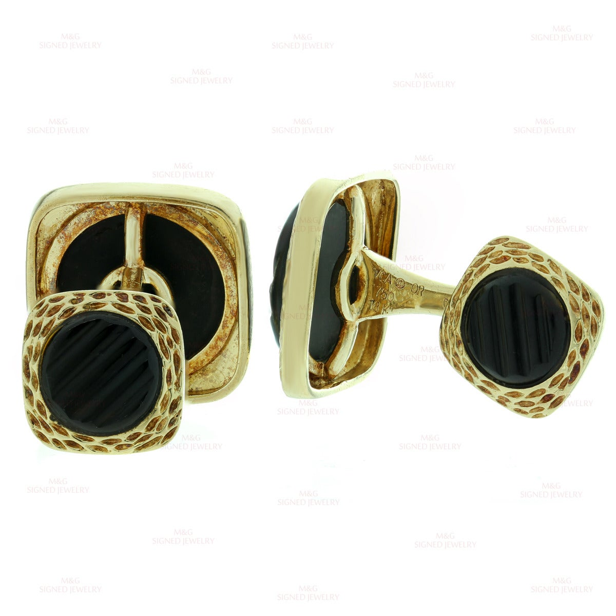 1970s Van Cleef & Arpels Black Onyx Gold Cufflinks In Good Condition For Sale In New York, NY