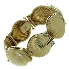 J. Schulz Yellow Gold Diamond Ruby Seashell Bracelet Locket Wristwatch