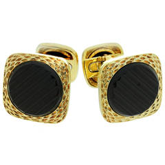 1970s Van Cleef & Arpels Black Onyx Gold Cufflinks