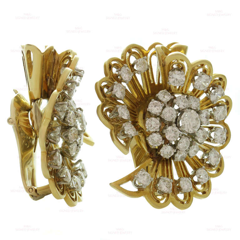 Van Cleef & Arpels Rare 1940s Gold Diamond Clip-On Earrings Brooches In Excellent Condition In New York, NY