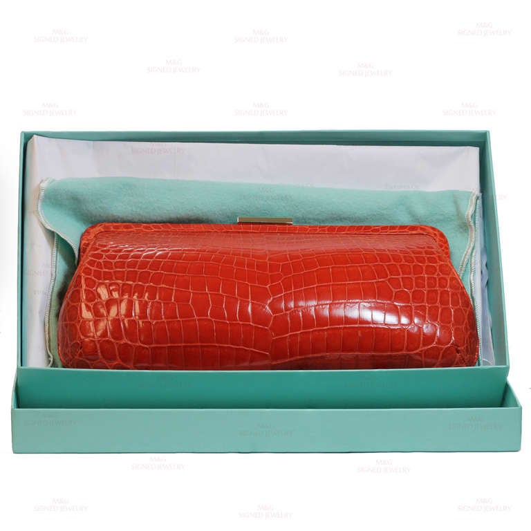 TIFFANY & CO. Holly Coral Red Color Glazed Crocodile Clutch 4