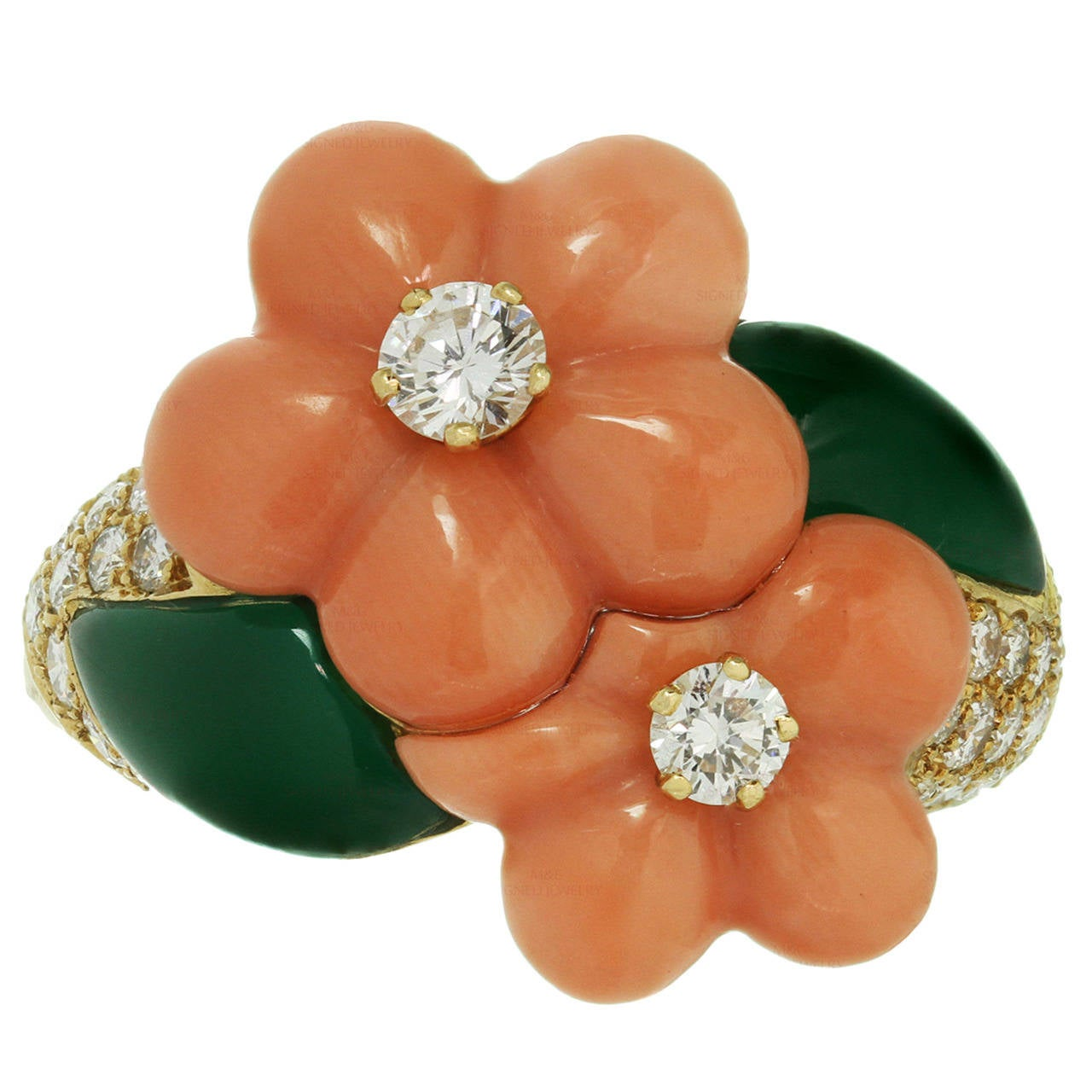 1990s Van Cleef & Arpels Coral Chrysophrase Diamond Gold Flower Ring
