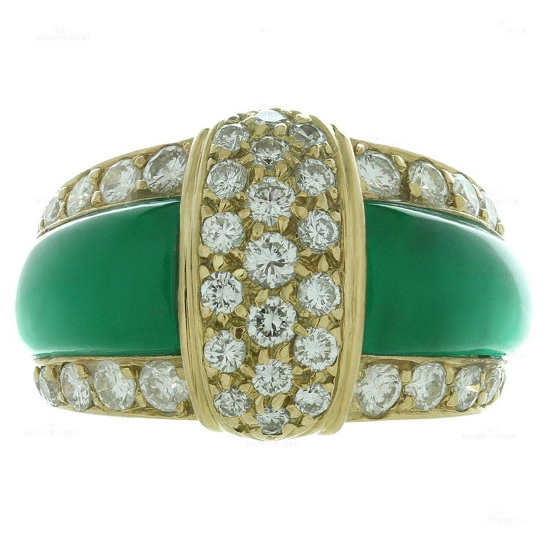 Van Cleef & Arpels Green Chrysoprase Diamond Yellow Gold Ring For Sale