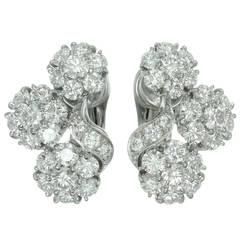 Van Cleef & Arpels Snowflake Diamond Platinum Clip-On Earrings
