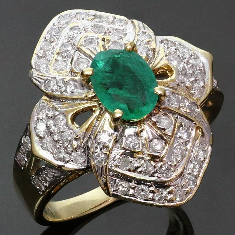 byzantine style genuine emerald diamond gold flower ring at 1stdibs. Black Bedroom Furniture Sets. Home Design Ideas