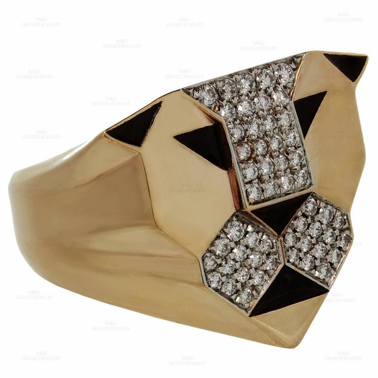 Women's 1990s Bulgari Enigma Black Enamel Diamond Gold Lion Ring