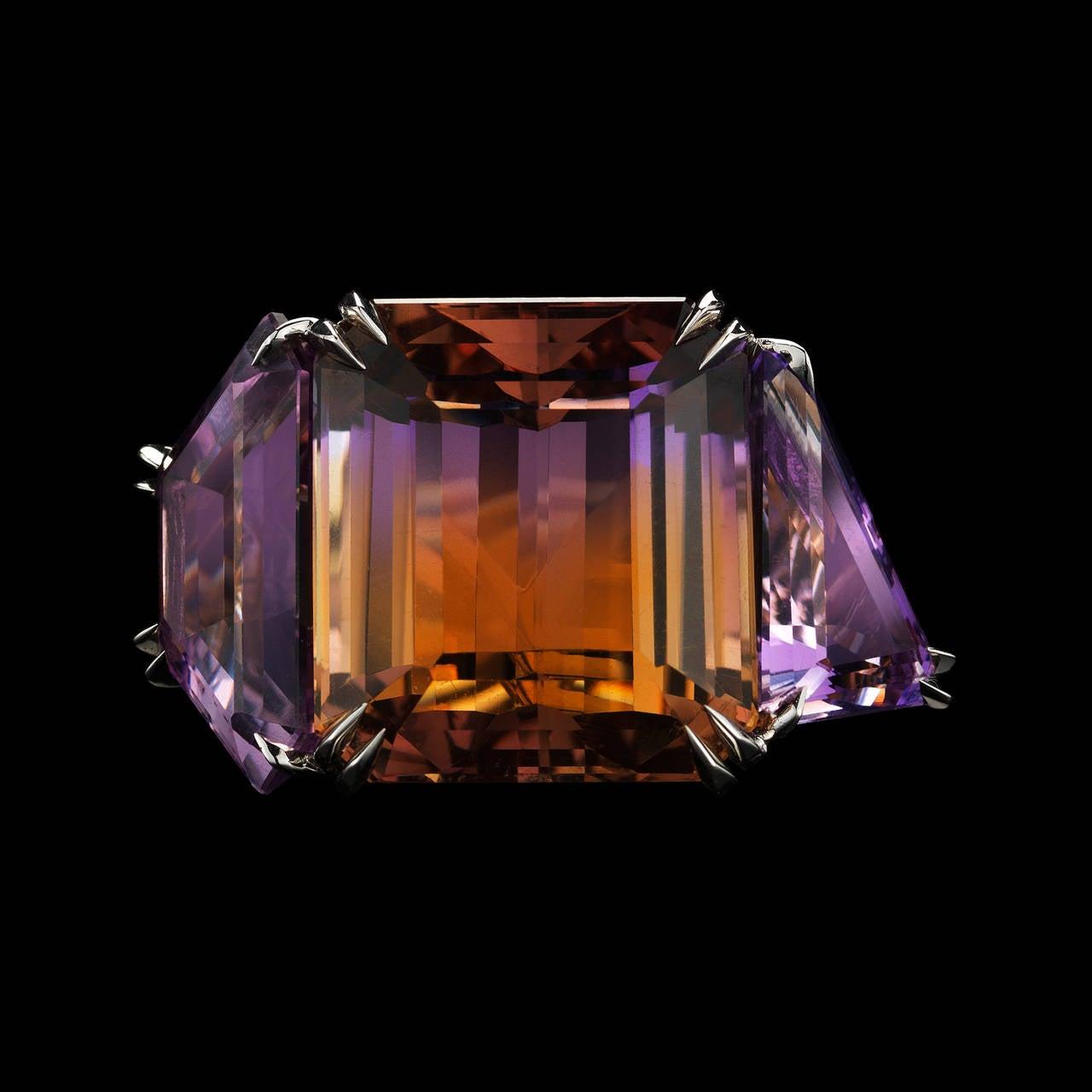 Alexandra Mor Asymmetrical Bi-Color Ametrine and Diamond Ring In New Condition For Sale In New York, NY
