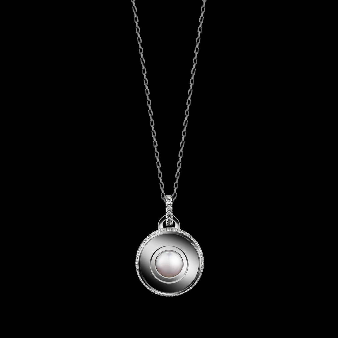 Contemporary Alexandra Mor Round-Cut Off-White Pearl Diamond June Birthstone Pendant For Sale