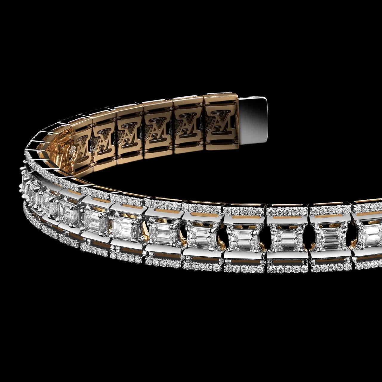 Alexandra Mor Emerald-Cut Platform Diamond Bracelet In New Condition For Sale In New York, NY
