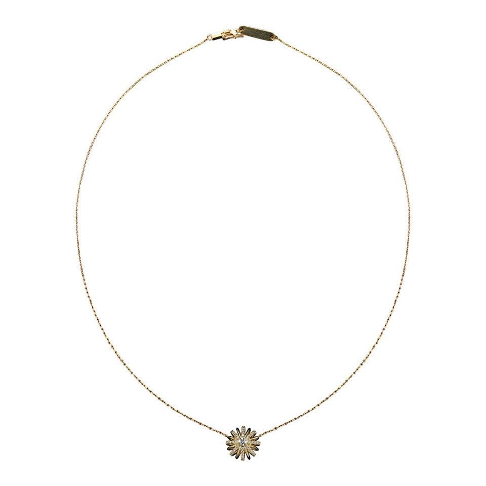 Alexandra Mor Brilliant-Cut Diamond Centre Gold Snowflake Pendant