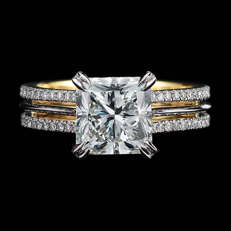 *This design is available with center diamonds weighing from 1ct - 10 cts and larger. Please contact us for more information on this piece or on creating your own custom Alexandra Mor Design.    An Alexandra Mor ring featuring a 3.00 Ct G VS1 GIA