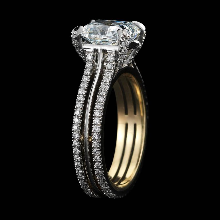 Contemporary Alexandra Mor Signature Radiant-Cut Diamond Gold Platinum Ring For Sale