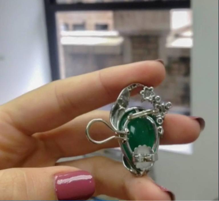 Alexandra Mor Emerald Diamond Flower Earrings For Sale 2