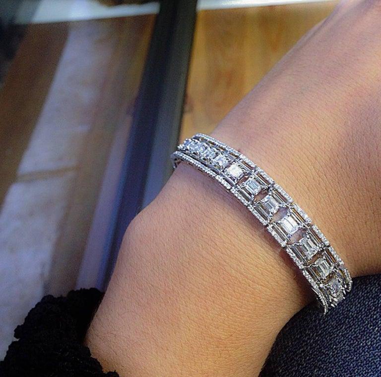 Women's or Men's Alexandra Mor Emerald-Cut Platform Diamond Bracelet For Sale