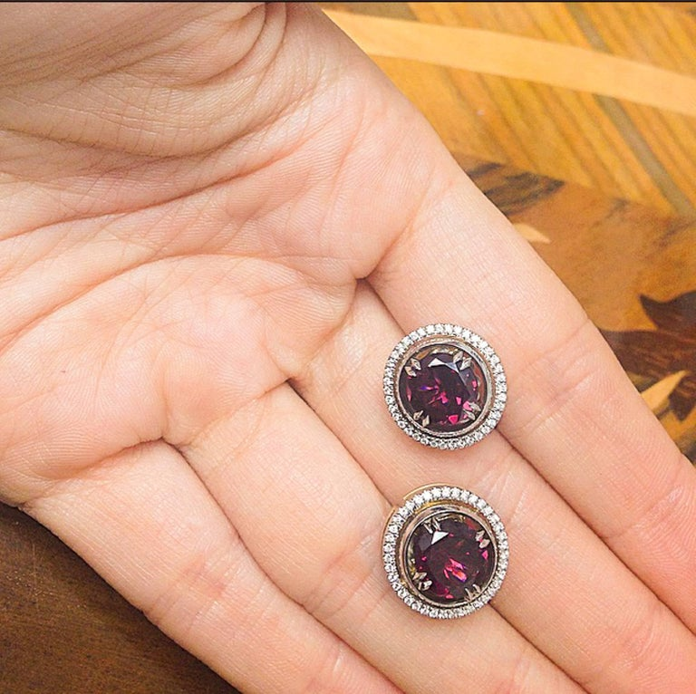 Alexandra Mor Medium Red Rhodolite Studs with Diamond Earring Jackets In New Condition For Sale In New York, NY
