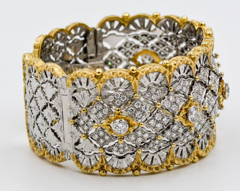 6.15 Carats Diamonds Yellow Gold Wide Hinged Cuff Bangle Bracelet  4