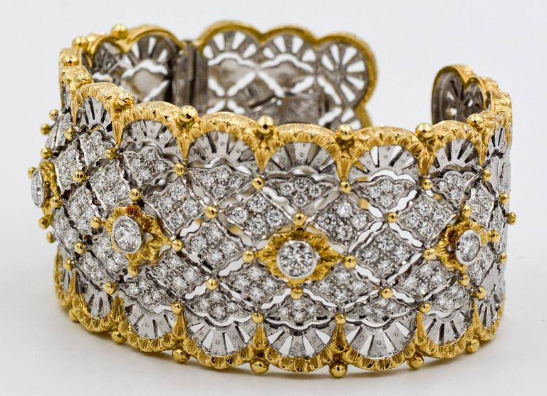6.15 Carats Diamonds Yellow Gold Wide Hinged Cuff Bangle Bracelet  6