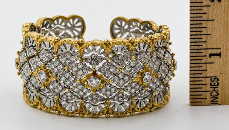 6.15 Carats Diamonds Yellow Gold Wide Hinged Cuff Bangle Bracelet  9