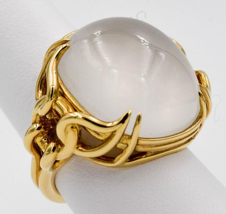 Modern Seaman Schepps Quartz Cabochon 18 Karat Yellow Gold Ring For Sale