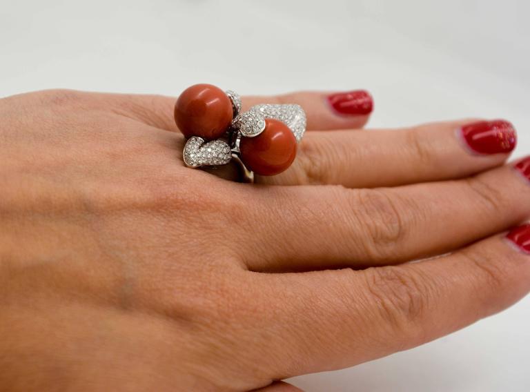 DeSimone Torro Del Coral Diamond White Gold Ring   For Sale 3