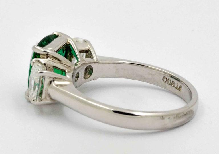 J B Star 1.80 Carat Emerald Diamond Platinum Engagement Ring In New Condition In Dallas, TX