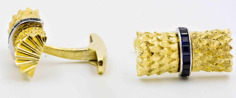 Women's or Men's Sapphire and Yellow Gold Cufflinks For Sale