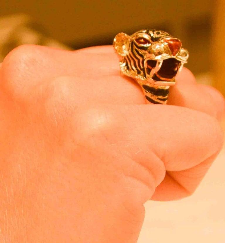 2de02c084 18 Karat Yellow Gold and Enamel Tiger Head Ring For Sale 4