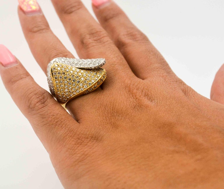 2.68 ctw Diamond 18 Karat Yellow and White Gold Bypass Ring For Sale 4