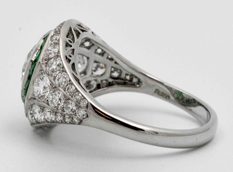 1.58 Carat Round Diamond Emerald Halo Engagement Platinum Ring In As new Condition For Sale In Dallas, TX