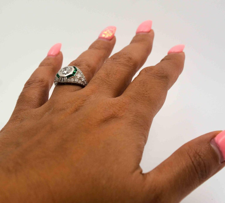 1.58 Carat Round Diamond Emerald Halo Engagement Platinum Ring For Sale 4