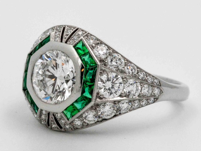 Women's 1.58 Carat Round Diamond Emerald Halo Engagement Platinum Ring For Sale