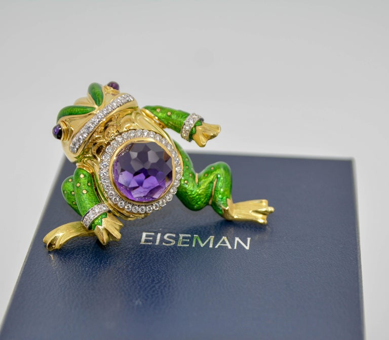 Round Cut David Webb 18 Karat Gold and Platinum 15.74 Carat Amethyst and Diamond Frog Pin For Sale