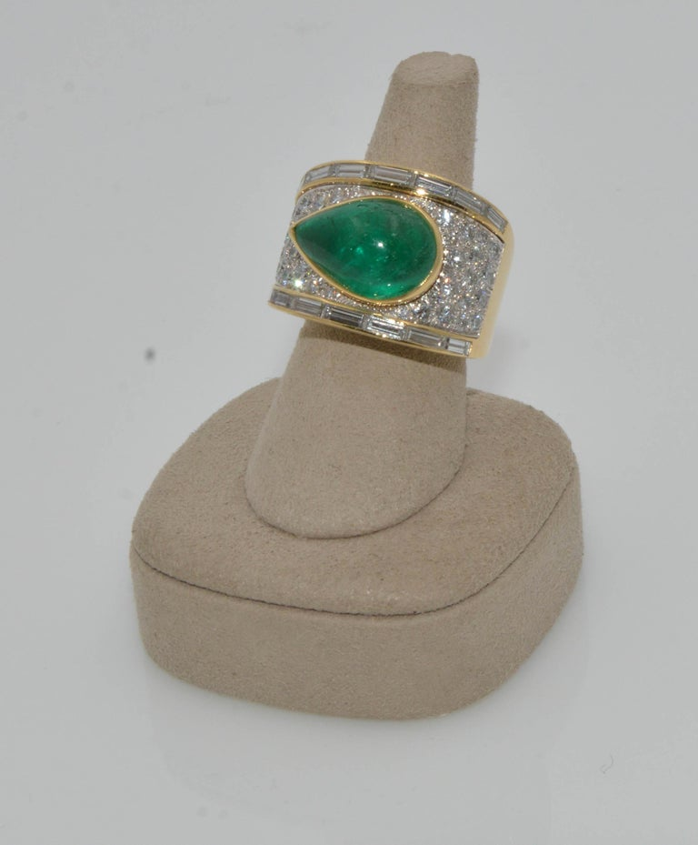 David Webb 18 Karat Gold and Platinum Pear Cabochon Emerald with Diamonds Ring In Excellent Condition For Sale In Dallas, TX