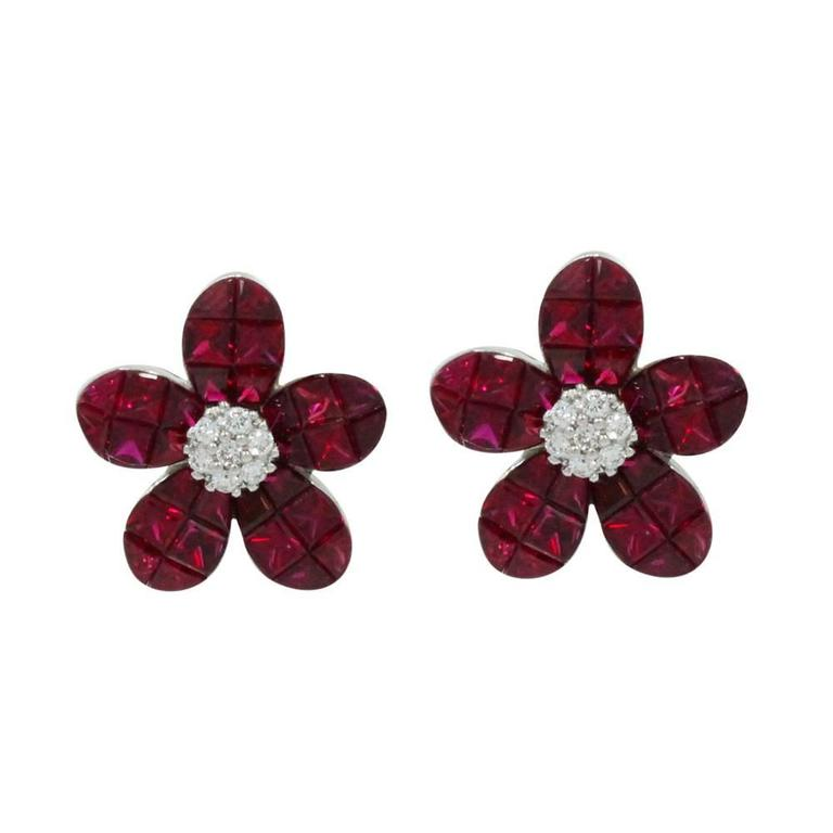 Ruby White Gold Daisy Earrings