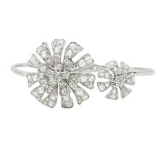 Maria Canale 18 Karat White Gold Flower Bangle