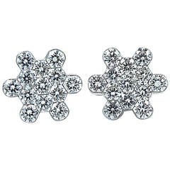 D'Annunzio Snowflake Diamond Gold Earrings