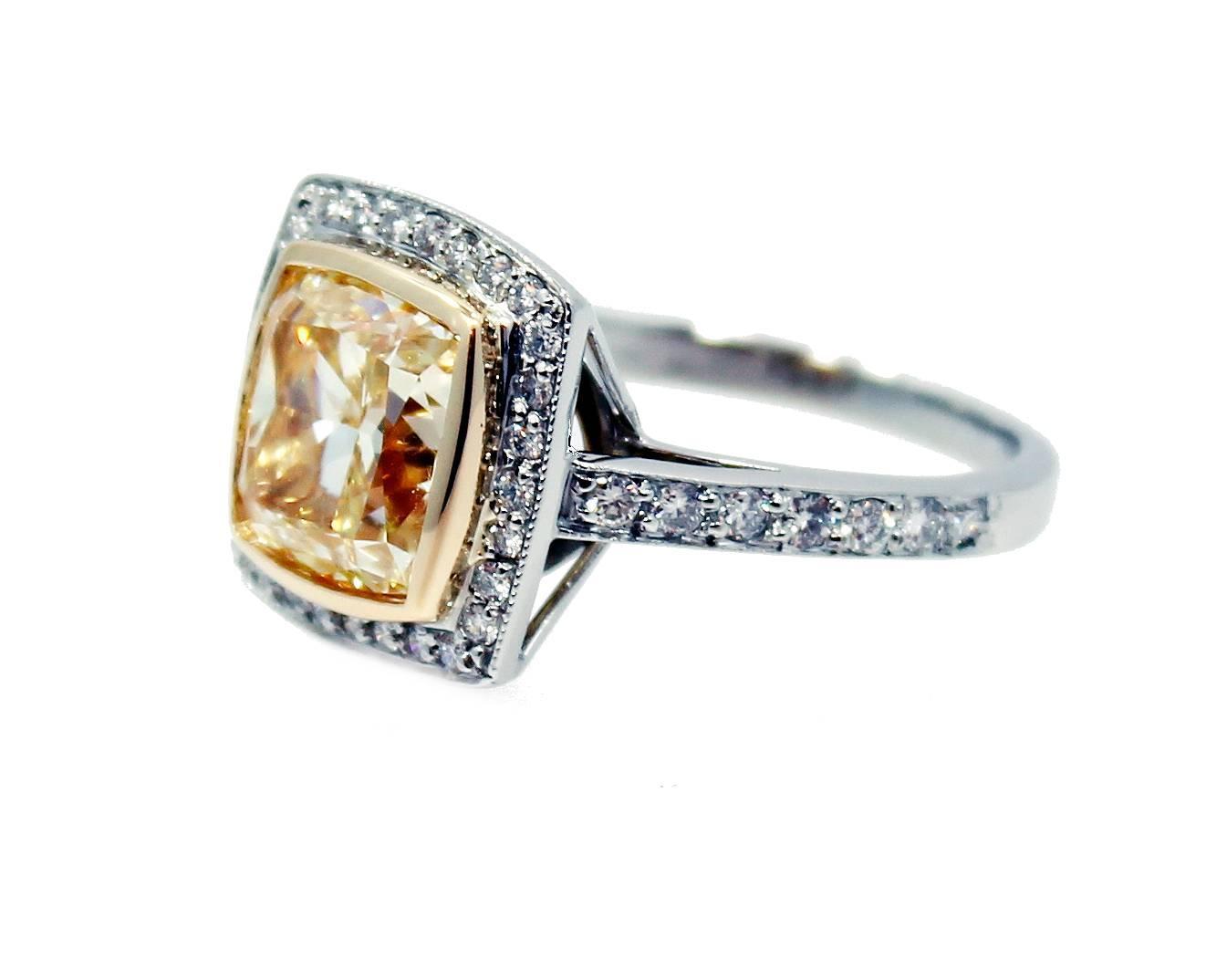 5 55 carat fancy light yellow radiant gold