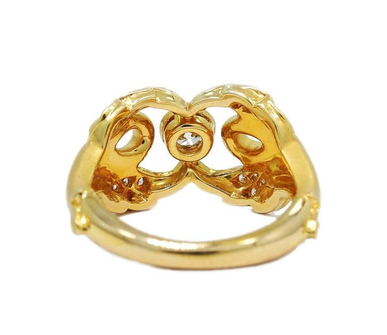 Women's or Men's Carrera y Carrera Ruby Diamond Gold Double Swan Ring  For Sale