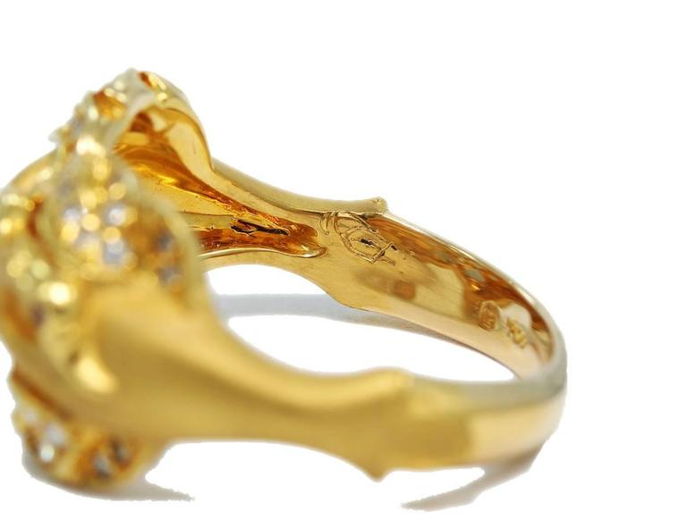 Carrera y Carrera Ruby Diamond Gold Double Swan Ring  For Sale 1