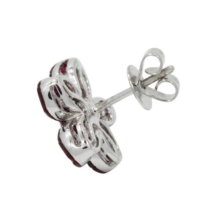 Ruby White Gold Daisy Earrings In As New Condition For Sale In Naples, FL
