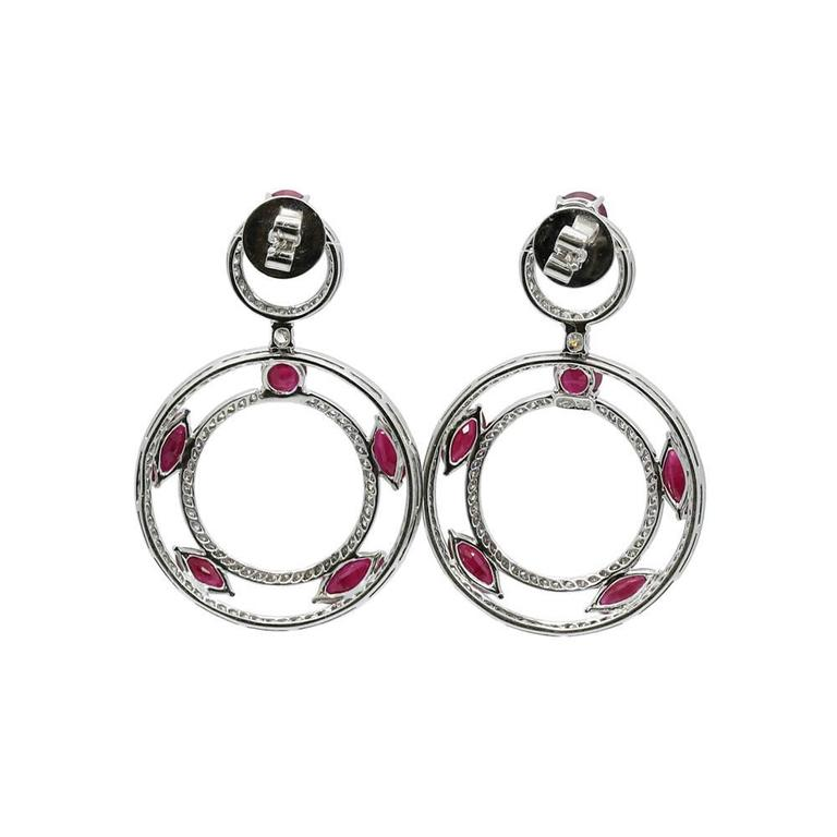 Ruby Diamond White Gold Dangle Earrings In Excellent Condition For Sale In Naples, FL