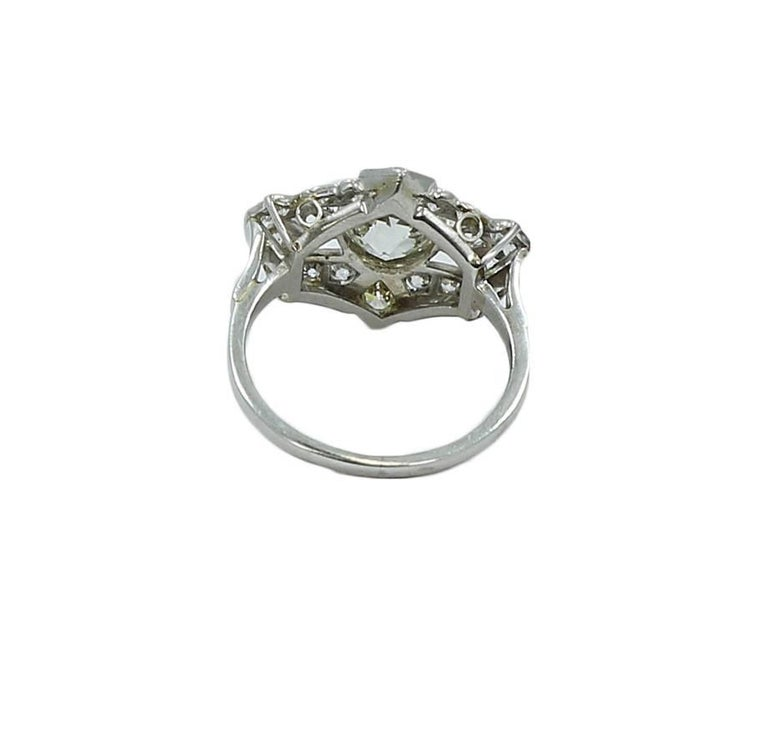 Art Deco Platinum Diamond Engagement Ring In Excellent Condition For Sale In Naples, FL