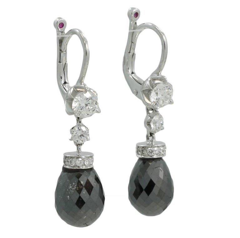 18k White Gold Roberto Coin Cento Diamond Dangle Earrings They Have 18 Diamonds Weighing Roximately