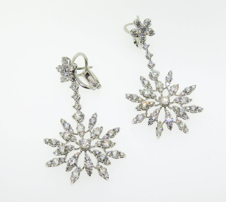 Swinging ultra-sparklers!