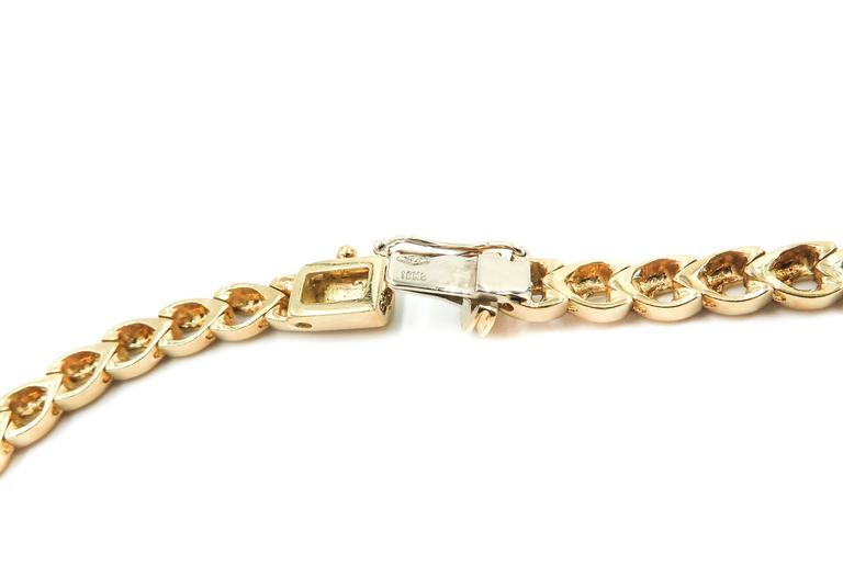 Yellow Gold Diamond Necklace In Excellent Condition For Sale In Greenwich, CT