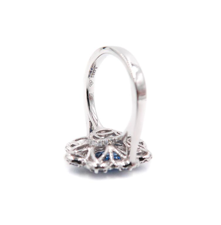 Sapphire Diamond Flower white gold Ring For Sale 1