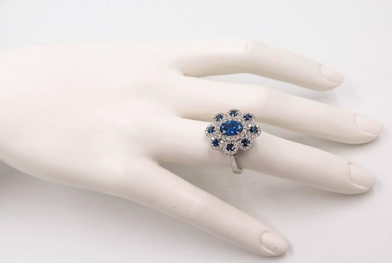 Sapphire Diamond Flower white gold Ring For Sale 2
