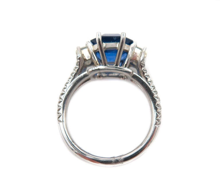 Women's GIA Certified Sapphire and Diamond Platinum Ring For Sale
